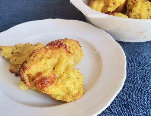 Scones di patate con formaggio e spezie