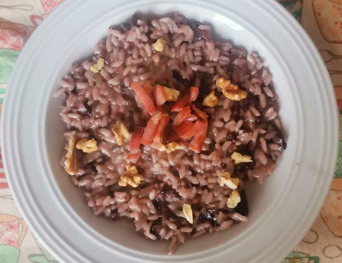 Risotto al radicchio con gorgonzola, speck e noci