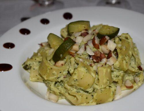 Calamarata zucchine e noci brasiliane