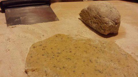 Pasta fatta in casa con farina di grano saraceno