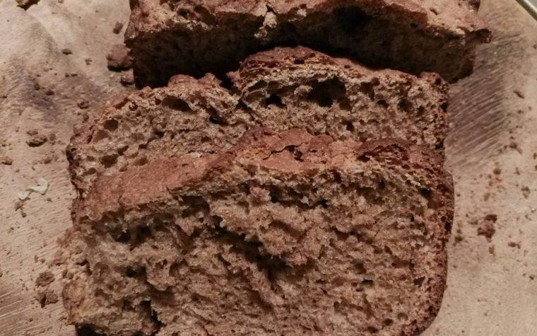 Pane rustico veloce con farina ai cereali