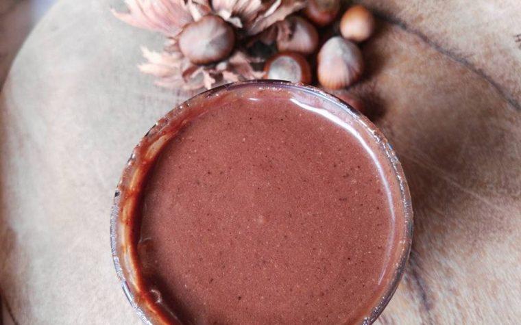 Crema di nocciole ( similnutella con latte condensato)