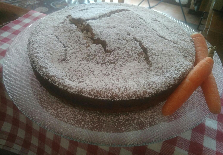 Torta Camilla - carote e mandorle