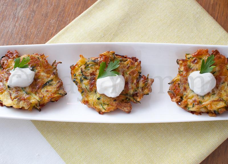 Frittelle di zucchine e Asiago | Ricette di Say Yummy!!!