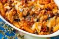 Il pranzo della domenica- Pasta al forno con sugo di melanzane e pomodori secchi