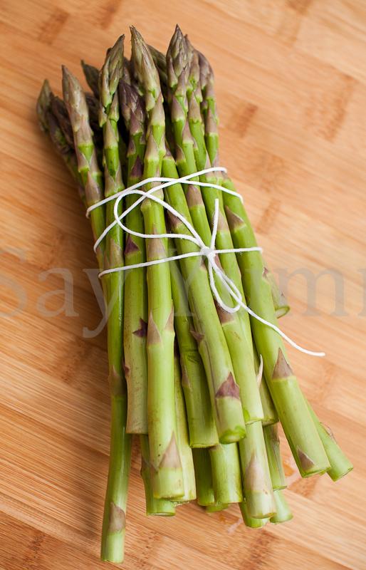 Cuocere gli asparagi