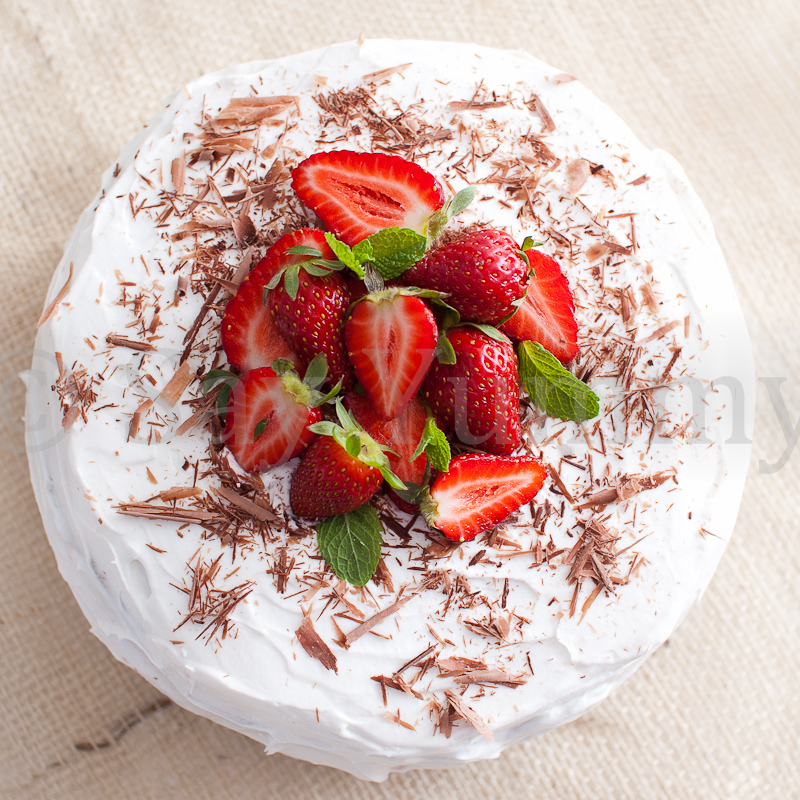 Torta fragole e panna ricetta di say yummy for Fragole periodo