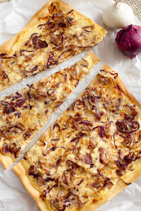 Pizza di cipolle alla francese