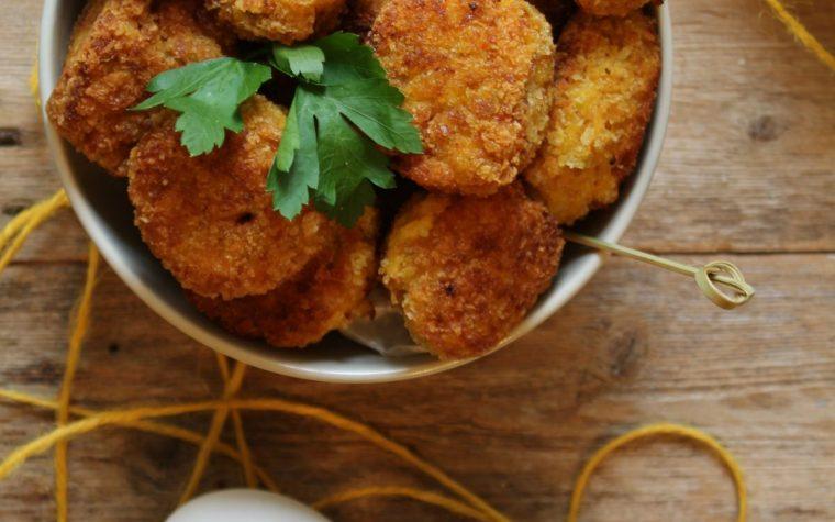 Polpette di zucca e patate con cuore filante