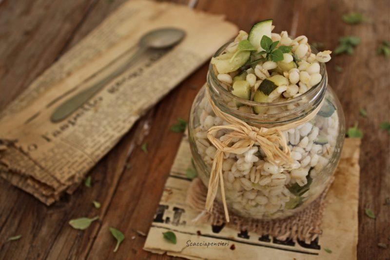 Insalata d'Orzo con zucchine e trota affumicata…ai profumi di Sicilia