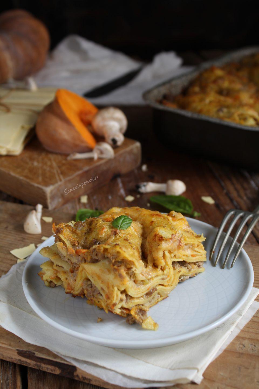 lasagne al ragù bianco di zucca e funghi