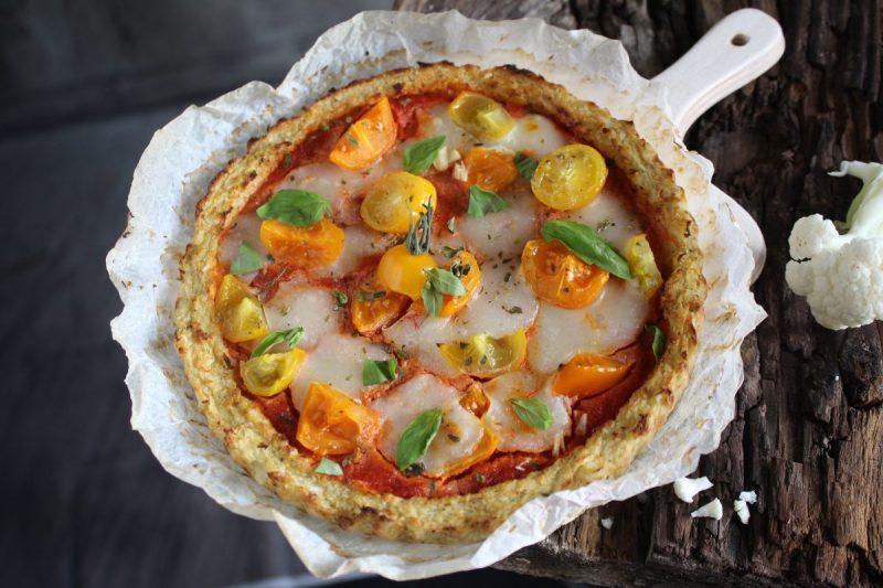Pizza di cavolfiore (o finta pizza)…ricetta gustosa e leggera