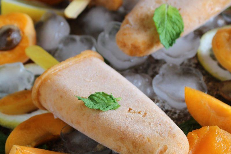 Sorbetto di albicocche fatto in casa, ricetta estiva