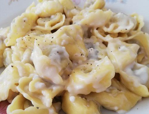 Tortellini a 3 formaggi