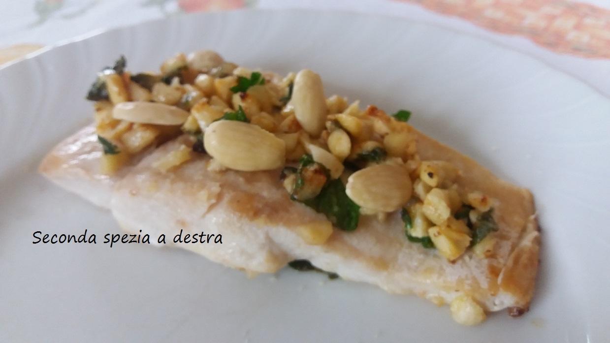Ricetta pesce persico con mandorle