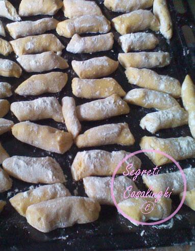 biscotti mandorle sgusciate