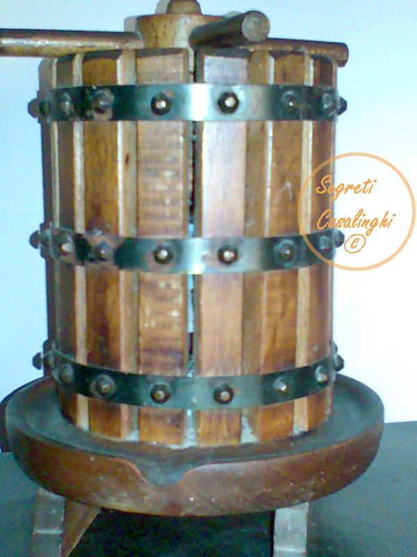 Pulire mobili antichi legno ludidare mobili antichi e di for Foto di mobili antichi