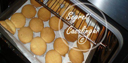biscotti frollini mandorle