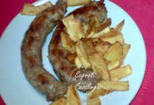 salsicce forno patatine fritte