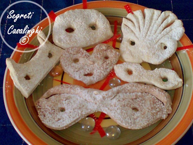 mascherine pasta frolla carnevale