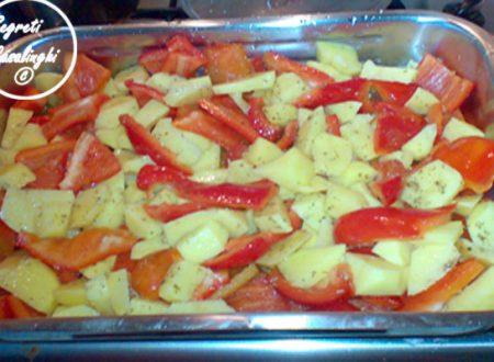 peperoni patate forno