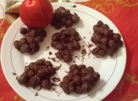 nocciole ricoperte cioccolato fondente