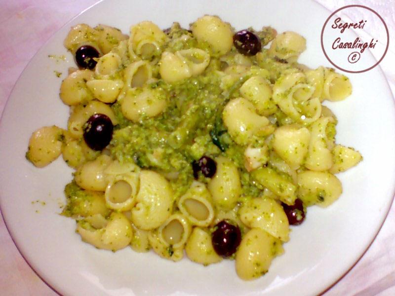 pasta broccoli olive nere