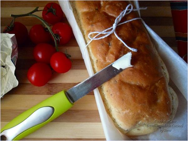 pane al rosamarino