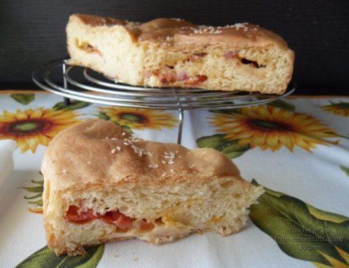Pan brioche salato ai pomodorini , scamorza e pancetta