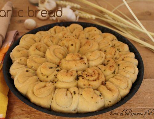 Pane all' aglio ( garlic bread )