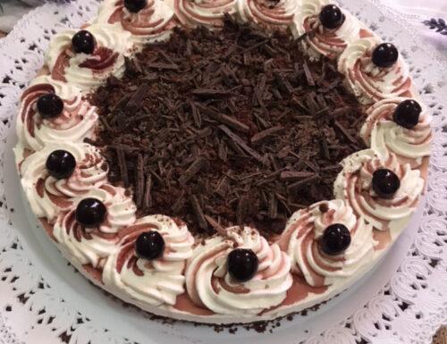 Cheesecake foresta nera
