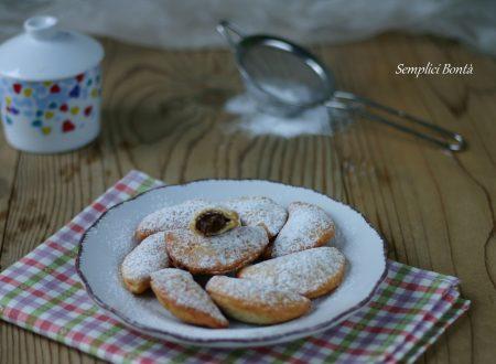 MEZZELUNE ALLA NUTELLA – ricetta dolci fritti