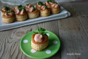 VOL AU VENT AL COCKTAIL DI GAMBERETTI