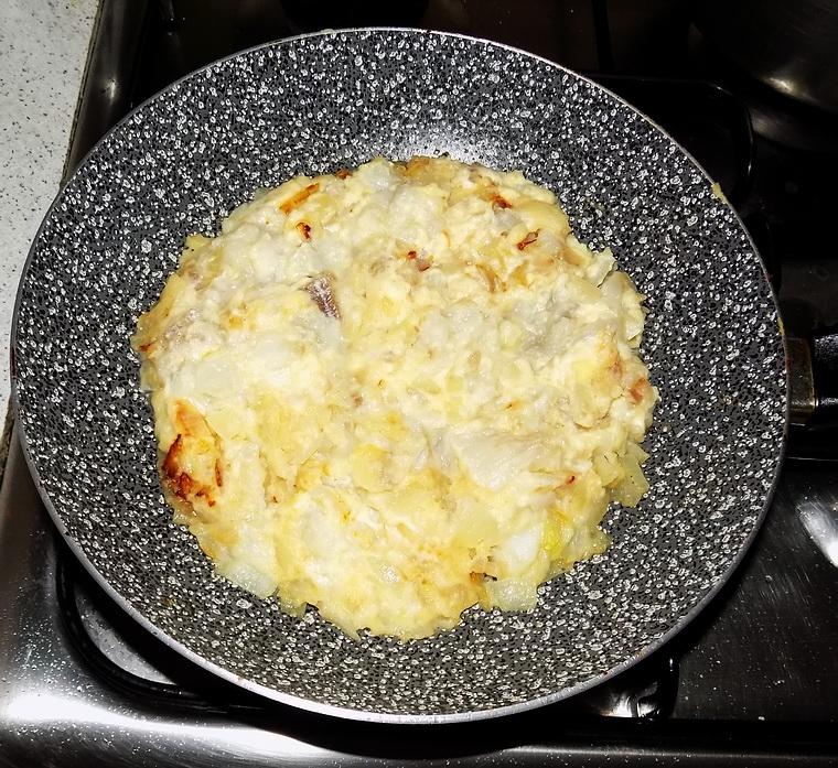 Pasticcio di merluzzo con cipolle