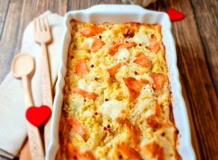 Lasagna con crema di verza e salmone affumicato.