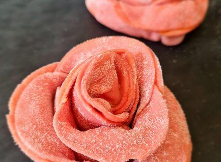 Rose di pasta fresca ripiena