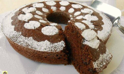 Torta al cacao con gocce di cioccolato