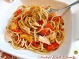 Spaghetti integrali con tonno e verdure