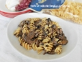 Pasta al radicchio funghi e gorgonzola