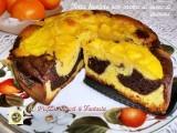Torta bicolore con crema al succo di arancia