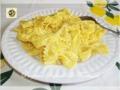 Pasta con cipolle mascarpone e zafferano