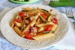 Penne risottate con salsiccia e verdure