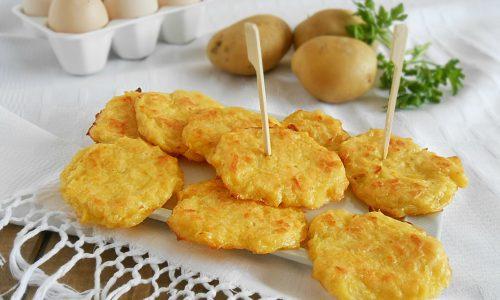 Schiacciatine di patate e parmigiano