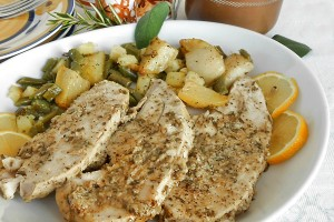 Petto di pollo intero al limone con erbe aromatiche