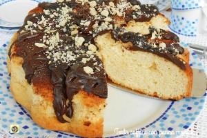 Torta soffice con panna montata