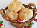 Panini alla ricotta e parmigiano