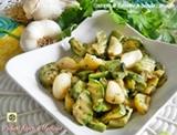 Contorno di zucchine in padella con aglio