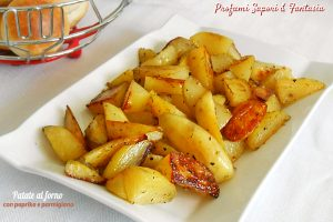 Patate al forno gratinate con paprika e parmigiano