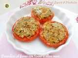 Pomodori al forno con tonno e olive nere