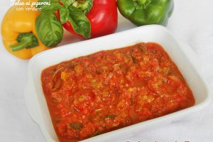 Salsa ai peperoni con verdure